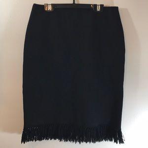 Ellen Tracy Black Fringed Skirt Sz 4 XC